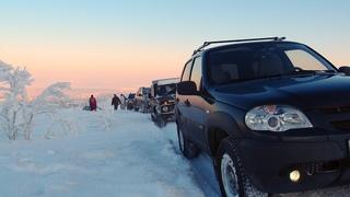 Покатушка на солнечную горку в -25. Ford Ranger, Nissan Patrol, Шнива, Нива, Duster