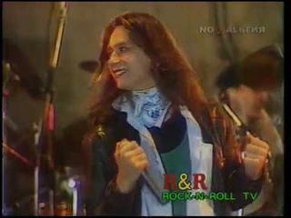 """А.Монин, рок-группа""""КРУИЗ"""". """"Рок н ролл ТВ"""". Рок фестиваль """"Робин Гуд"""" г. Лыткарино 1993 год."""