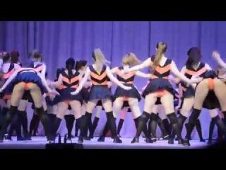 Скандальный школьный танец Винни-пух и пчелы