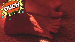 Scarlett Johanson feet