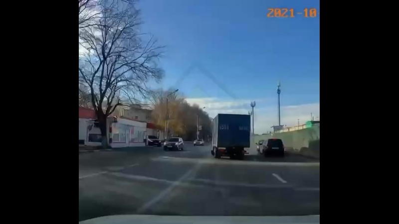 Водитель из Ульяновска не справился с управлением и выехал на полосу встречного движения