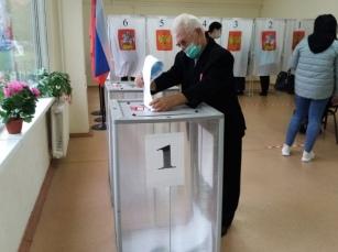 Проголосовал заместитель руководителя поискового отряда «Надежда» Рузского городского округа Эдуард