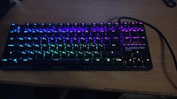 Продам клавиатуру на синих свитчах dexp blazing pr...