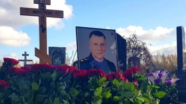 На Северном кладбище Петербурга прошла панихида по...