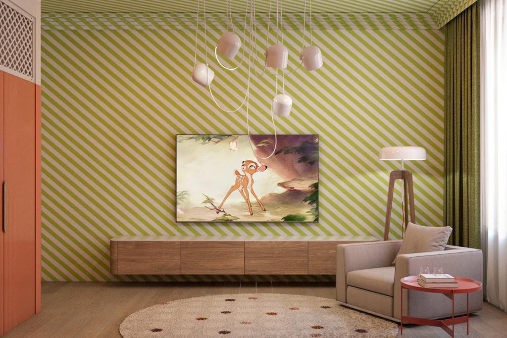 зеленые диагональные полоски на стене
