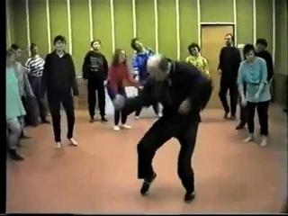 Танцы под колокольный звон  Православие, блин, народность